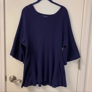 Land's End navy 3/4'bell sleeved sweater S2X